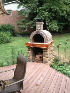 original_title] – BrickWood Ovens The Shiley Family Wood Fired Brick Pizza Oven in South Carolina. Built with the… The Shiley Family Wood Fired Brick Pizza Oven in South Carolina. Built with the Mattone Barile DIY Pizza Oven form by BrickWood Ovens. Backyard Kitchen, Outdoor Kitchen Design, Backyard Patio, Backyard Landscaping, Kitchen Grill, Kitchen Island, Kitchen Appliances, Brick Oven Outdoor, Brick Bbq