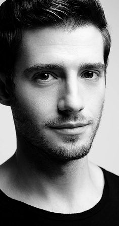 Julian Morris is a familiar and popular face to film and television audiences worldwide. Morris stars in the Emmy-winning Man in an Orange Shirt for . Julian Morris, Oliver Jackson Cohen, Vanessa Redgrave, Fit Actors, Film Man, Fake Life, Royal Shakespeare Company, Bbc, London Theatre