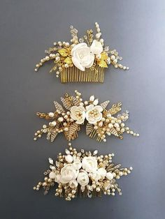 This beautiful handmade bridal hair comb made with pretty crystal elements, hand… - Haarschmuck Wedding Hair Flowers, Hair Comb Wedding, Wedding Hair Pieces, Flowers In Hair, Wedding Dresses, Wedding Shoes, Wedding Favors, Wedding Invitations, Pearl Headpiece