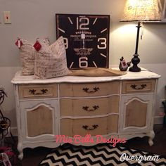 Painted in shabby paints!! French provincial buffet! Beautiful