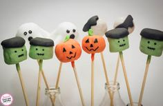Sweet Cucas and Cupcakes by Rosângela Rolim: Pop Cakes Tema Halloween!!