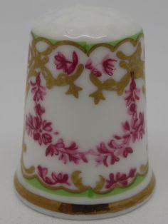 Pink Garlands. Royal Worcester - Pattern Thru The Ages. Thimble-Dedal-Fingerhut.