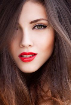 ¡Conoce todos los secretos de lipstick rojo!