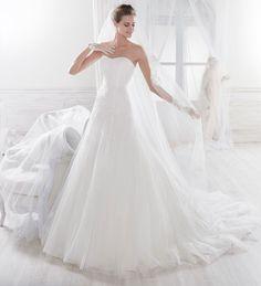 Nicole 2018 Bridal Collection NIAB18033. Wedding Dress Nicole.