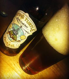 #beer #bier #piwo #biernerd #beernerd #beergeek #craft #craftbeer #craftbier #berlin #bkk #bierkombinatkreuzberg #kreuzberg #flyingturtle #paleale #ale #schoppe #schoppebräu #couch #bar #pub #samstag #samstagabend #saturday