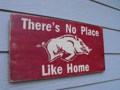 Home razorback sign