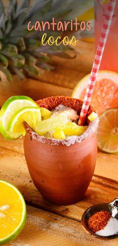 Para matar esa sed, recomendamos esta bebida tradicional de las ferias; frescos cantaritos de barro escarchados con chile en polvo y sal, rellenos de refresco de toronja, trocitos de piña, gajos de limón, hielo frappe, con un divertido piquete de tequila, garnitura de naranja y limón. ¡Salud!