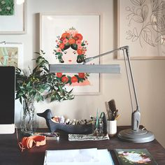 .@annariflebond | cleaned, organized  rearranged my office.. feeling so much more inspired...