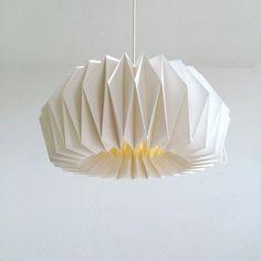Origami paper Lamp ZÜRICH | Hand folded lamp shade | White pendant lamp for a living room | Scandinavian style handmade lamp