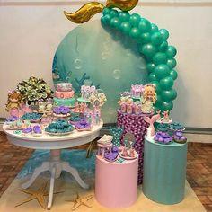 Mermaid Party Decorations, Birthday Party Decorations, Birthday Parties, Mermaid Theme Birthday, Girl Birthday, Pearl Cake, Barbie Party, Mermaid Cakes, Birthdays
