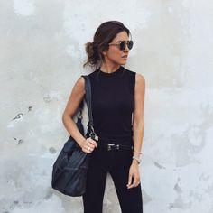 All black. Photo unknown