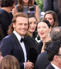 Sam Heughan & Caitriona Balfe  on the GG Red Carpet  - Fan Photo  1/10/2016 ekh