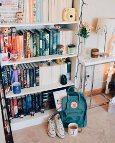 I forgot to post for 📖 yesterday but I'd still love to ask, why do you read? what do you love about reading? Study Room Decor, Teen Room Decor, Room Ideas Bedroom, Teen Study Room, Diy Room Decor Tumblr, Bedroom Decor, Cute Room Ideas, Cute Room Decor, Bookshelf Inspiration
