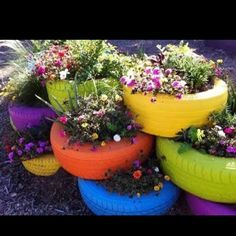 Cute, colorful, HAPPY!  My kind of project!