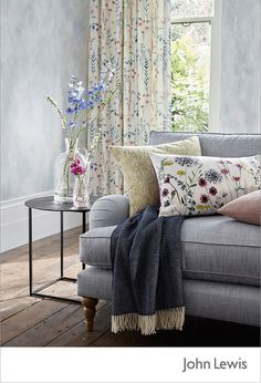 This month's EDIT is inspired by our Leckford Estate in Hampshire,bringing you the colour and motion of country gardens. Bring a touch of spring blooms into the living room with this fresh country sty(Mix Wood Finishes) Living Room Grey, Home And Living, Living Room Decor, Country Style Living Room, Modern Living, Country Decor, Room Interior, Interior Design, Country Style Homes