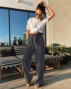 Madison Avenue High Waisted Paperbag Pants – Navy - All About High Waisted Flowy Pants, Flowy Pants Outfit, Summer Pants Outfits, Bohemian Pants Outfit, High Waist Pants, Beach Outfits, Paperbag Hose, Paperbag Pants, Trendy Outfits