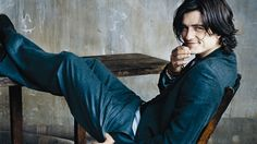Jimmy Frost, the hero in HOME FOR CHRISTMAS. Everything about this man screams Jimmy to me - the jeans, the hair, the posture. Okay, he's awfully attractive, too. And I love that smile. Interestingly, I found this photo of Orlando Bloom while doing some research on dyslexia.