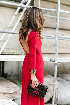 red sleeve red dress with deep V back Elegant Outfit, Elegant Dresses, Beautiful Dresses, Party Fashion, Love Fashion, Dress Outfits, Fashion Outfits, Cocktail Outfit, Nyfw Street Style