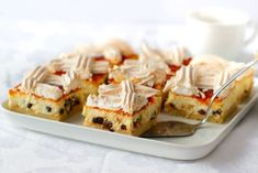 Prăjitură cu brânză, bezea și gem, rețeta maghiară Rákóczi túrós