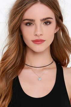 Add the Centripetal Force Black and Silver Choker Necklace to any outfit for an instantly on-trend look! Silver Choker Necklace, Silver Jewelry, Silver Ring, Choker Necklaces, Lindsay Lohan Hair, Hd Make Up, Red Hair Makeup, Cute Headphones, Bridget Satterlee