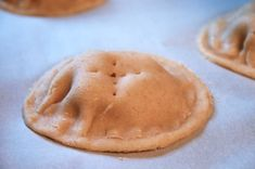 pineapple filled cookie recipe, just like my Gram used to make me! Pineapple Cookies, Filled Cookies, Good Food, Yummy Food, Raisin Cookies, Quick Easy Meals, Cookie Recipes, Sweet Tooth, Sweet Treats