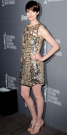 Anne Hathaway in Gucci - more → http://fashiondesigningcatherine.blogspot.com/2012/05/anne-hathaway-in-gucci.html