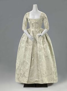 Robe a l'anglaise, 1770-1780.