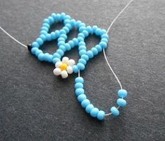 Seed bead jewelry Beading Tutorial: Daisy Chevron Chain ~ Seed Bead Tutorials Discovred by : Linda Linebaugh Jewelry Crafts, Handmade Jewelry, Jewelry Ideas, Handmade Beads, Vintage Jewelry, Jewelry Accessories, Wooden Jewelry, Jewelry Trends, Seed Bead Tutorials
