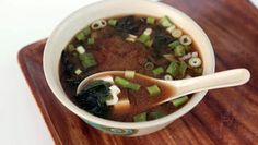 Miso Soup http://www.rodalesorganiclife.com/wellbeing/7-foods-for-good-gut-health/miso-soup