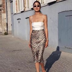 Silk cami, midi leopard skirt and nude strappy sandals, # sandals summer trends Perfect summer outfit. Silk cami, midi leopard skirt and nude strappy sandals, Rock Outfits, Girly Outfits, Spring Outfits, Cute Outfits, Beautiful Outfits, Dressy Summer Outfits, Summer Outfits Women 20s, Holiday Outfits Women, Casual Outfits