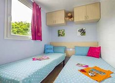 La chambre enfant  #locationcamping #locationvacancecamping #YellohVillage #mobilhome #emplacements #hebergementsinsolites #camping5etoiles  http://www.camping-bretagne-oceanbreton.fr/location/cottage-6pers-3ch.html