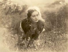 Marguerite De La Motte, The Beloved Brute, 1924 Antique Photos, Vintage Pictures, Vintage Photographs, Old Pictures, Old Photos, Art Nouveau, Belle Epoque, Liberty, Photo Vintage