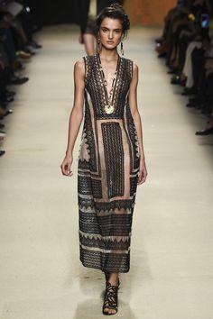 Alberta Ferretti Spring 2016 Ready-to-Wear Fashion Show
