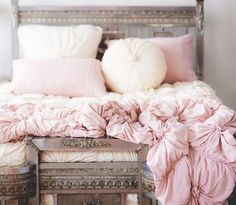 LAZYBONES- TUSCAN PINK ROSETTE comforter // Junk GYpSy co.