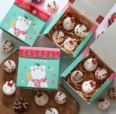 Unicorn rudolph macarons Unicorn Macarons, Macaron Cake, Buttercream Cake, Merry Christmas, Christmas Ideas, Unicorns, Are You Happy, Coding, Gift Wrapping