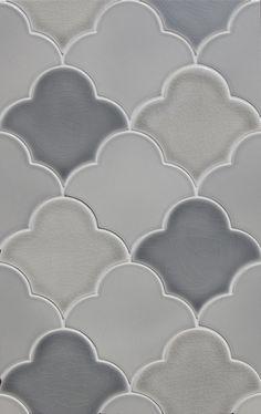 american handmade ceramic tile pratt and larson flat fan shape gray gloss matte wall tile backsplash tile floor tile Eclectic Tile, Eclectic Bathroom, Kitchen Backsplash Images, Kitchen Tiles, Backsplash Tile, Backsplash Ideas, Tile Ideas, Scallop Tiles, Contemporary Tile