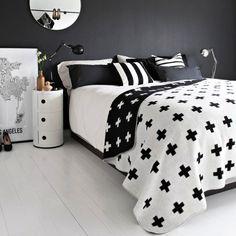 Pia Wallen Cross Blanket - Large