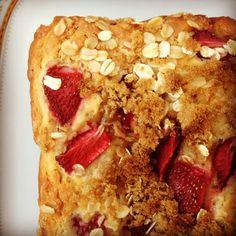 strawberry oat bread. sub sugar & veg oil?