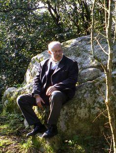 Frank Lloyd Wright, Gaudi, Architecture Organique, Organic Architecture, Hungary, Wales, Sevilla, Welsh, Antoni Gaudi
