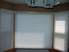 bay window treatments Inexpensive cover for bay windows for night privacy Bay Window Blinds, Blinds For Windows, Windows And Doors, Bay Windows, Bow Window Treatments, Window Coverings, Sheer Shades, Sheer Blinds, Little Houses