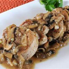 Pork Medallions Smothered in a Mushroom and Shallot Gravy - Recipes - Zimbio Pork Tenderloin Recipes, Pork Recipes, Paleo Recipes, Cooking Recipes, Cooking Pork, Skinny Recipes, Roast Brisket, Beef Tenderloin, Food Dinners
