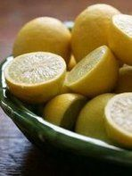 Miracle lemonade to instantly lose weight!! I lost 10lbs in just over one week. Detox and get a fresh start to eating clean and healthy! #lemonadediet #beyoncediet #recipe #detox #mastercleanse