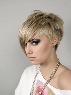 Love the texture and asymmetry of this cut.