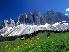 Odle Mountains of Italy | ... Dolomites, Val di Funes: Le Odle mountains at natural park Puez-Odle