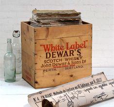 #vintagedecor #dewars #scotch #whisky #whiskey #vintagecrate