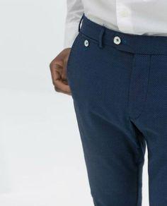 Amazing polka dot trousers, by Zara Plaid Pants, Wool Pants, Men's Pants, Trousers, Fashion Pants, Mens Fashion, Zara Spain, Formal Pants, Clothing Company