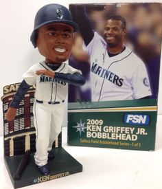 2009 SGA Hall Of Fame SEATTLE MARINERS BASEBALL Ken Griffey Jr BOBBLEHEAD Nodder #MarinersSafecoField #SeattleMariners