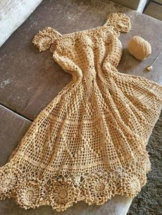 Captivating Crochet a Bodycon Dress Top Ideas. Dazzling Crochet a Bodycon Dress Top Ideas. Crochet Dress Outfits, Black Crochet Dress, Crochet Skirts, Crochet Blouse, Crochet Clothes, Crochet Lace, Crochet Stitches, Crochet Bikini, Crochet Patterns