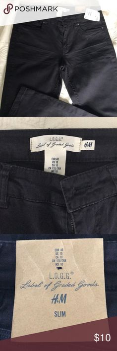 Navy blue pants Dark navy blue pants. Brand new, never wind, tags still on. Slim leg. H&M Pants Skinny
