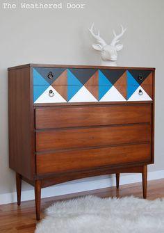 Hometalk :: Painted Geometric Mid Century Dresser